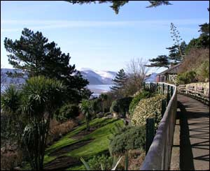 Haulfre Gardens, Llandudno, looking towards Snowdonia, sent by Dennis Oliver