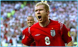 Paul Scholes has quit playing for England