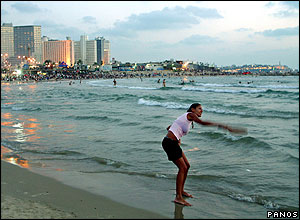 Main beach at Tel Aviv. Photographer Chryssa Panoussiadou