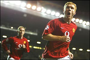 Paul Scholes scores with a trademark near post header after excellent work from John O'Shea