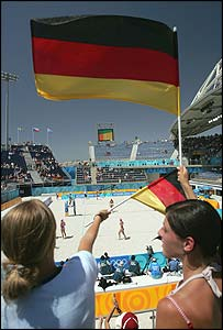 German fans cheer on Germany's Stephanie Pohl and Okka Rau
