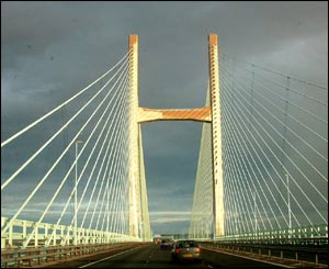 Returning home to Wales on the Severn Bridge (sender unspecified)