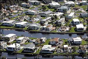 Wrecked homes, Florida
