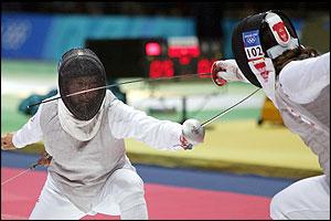 ماذا تعرف عن سلاح الشيش؟؟؟ _39969366_fencing