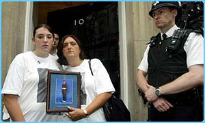 Maxine and her mum outside 10 Downing Street