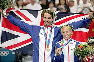Nathan Robertson and Gail Emms celebrate silver