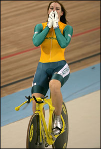 Gold and new world record for cyclist Anna Meares