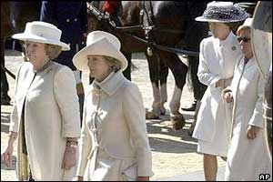 Dutch Queen Beatrix (left) arrives with her sisters (from left to right) Princesses Irene, Margriet and Christina for the funeral