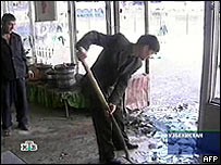 Image from Russian TV channel NTV shows the blast site at the marketplace in Tashkent, 29 March 2004