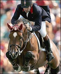 Nick Skelton competes in the individual showjumping riding Arko III