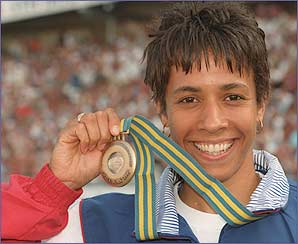 Doubling up, Kelly took bronze and silver at the Worlds in Gothenburg in 95 the result the same. After leaving the army Kelly picked up the AAA and UK titles at 800m.