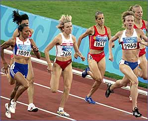 And the extra confidence of an Olympic title saw Kelly cruise into the 1500m final in search of an amazing double.