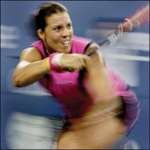 Jenifer Capriati _40047462_tennis_300