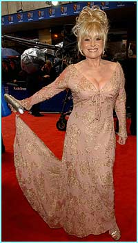 Barbara Windsor looks very elegant. Let's hope we'll see her back on EastEnders soon
