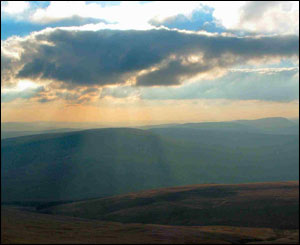 A view of the Brecon Beacons from the top of Corn-Du (Andrew Staffer, Llanishen)