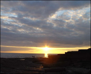 Laura Sharples sent this picture of the Sun setting at Sourtherndown beach