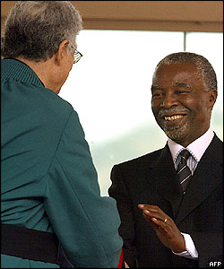 Thabo Mbeki is sworn in