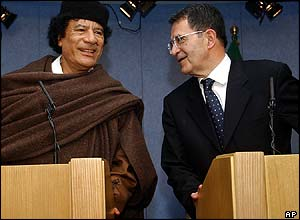 Gaddafi with Romano Prodi