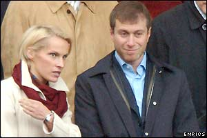 Chelsea owner Roman Abramovich watches the game with his wife