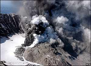 Photo released by the US Geological Survey (USGS) shows smoke and ash rising from the crater of Mount St Helens, 1 October 2004