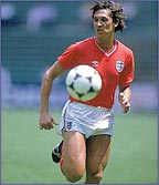 Gary Lineker stays calm for England