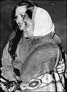 Sonia Gandhi and her mother-in-law, Indira, in 1977