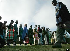 People queue to vote in Malawi's presidential polls