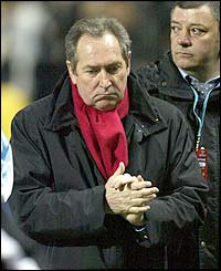 Gerard Houllier rues his side's defeat at Marseille in the Uefa Cup in 2004