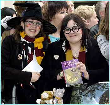 Lots of Potter fans dressed up as witches and wizards from Harry's magical world