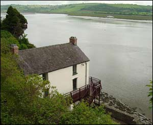 Andrew Willis took this image of Dylan Thomas' boathouse in Laugharne