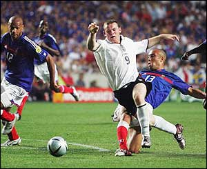 England have a chance to double the lead and win their first game of Euro 2004