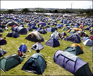 Rows of tents at the festival & BBC NEWS | In Pictures | In pictures: Isle of Wight Festival