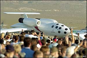 SpaceShipOne prepare for its flight
