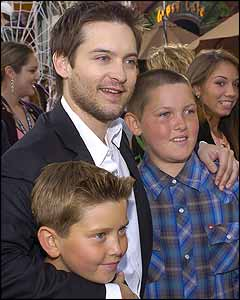Tobey Maguire with brothers Weston and Jopaul