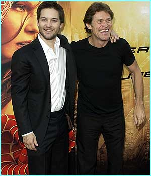 Tobey Maguire poses with Willam Dafoe, his enemy from the first Spider-Man film, the Green Goblin.
