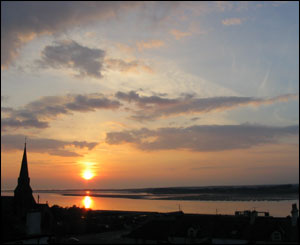 Rachel Slansky took this picture of a sunset over Caernarfon during a trip from America