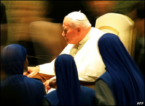 Pope John Paul II is seen during his traditional weekly general audience in the Vatican Aula Nervi