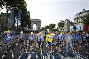 Lance Armstrong and his US Postal team