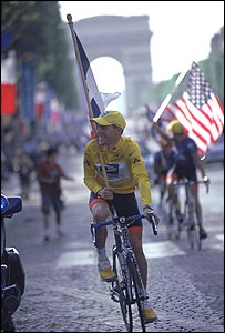 Lance Armstrong wins his third consecutive Tour de France