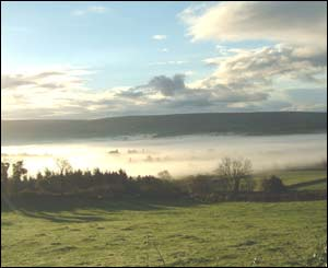 Autumn mists over the Teifi Valley, Llanwenog (Gordon Lumby)