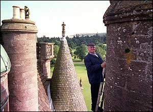Fred Dibnah by Glamis Castle
