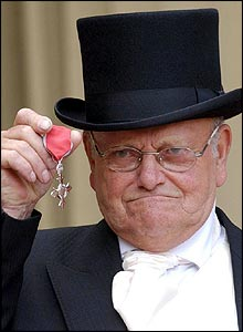Fred Dibnah with his MBE at Buckingham Palace this Wednesday July 7, 2004