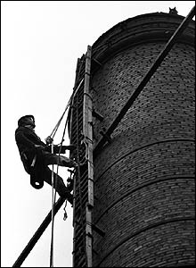 Fred Dibnah up a chimney in 1983