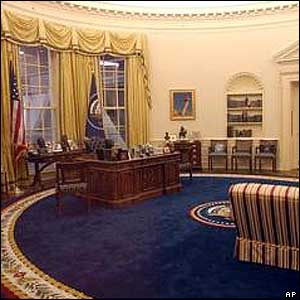 A replica of the Oval Office in President Clinton's time.