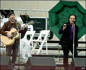 The Edge and Bono on stage