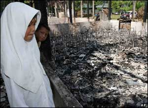 A school building burned down in southern Thailand