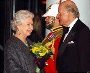 The Queen, with WMC chairman Sir David Rowe-Beddoe, attended a gala ceremony on Sunday evening