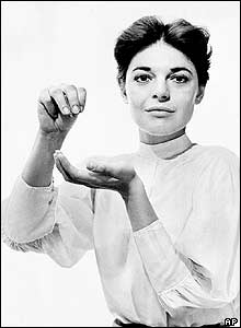 Anne Bancroft as the teacher Anne Sullivan in the Broadway play The Miracle Worker. Picture: October 1959