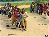 Children play sport in Africa