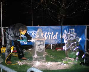 An ice carving at Cardiff Winter Wonderland (Howard Turvey)